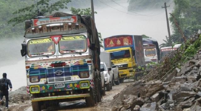 Landslide at Narayangadh-Muglin road, one-way traffic in operation