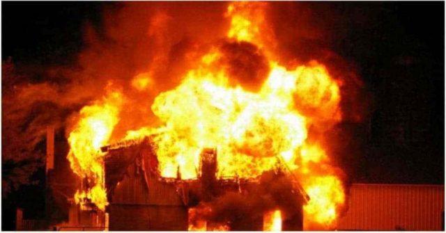 Fire guts tea shop in refugee camp