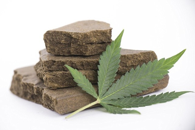 Three held with 30-kg hashish