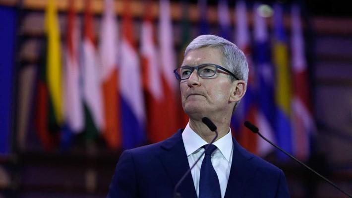 Apple stock loses $55 billion on China slowdown