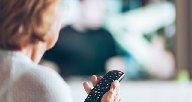 Television viewing may lead to cognitive decline in older age : Study