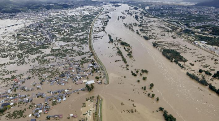 Ten killed, 16 missing after fierce Typhoon Hagibis hits Japan