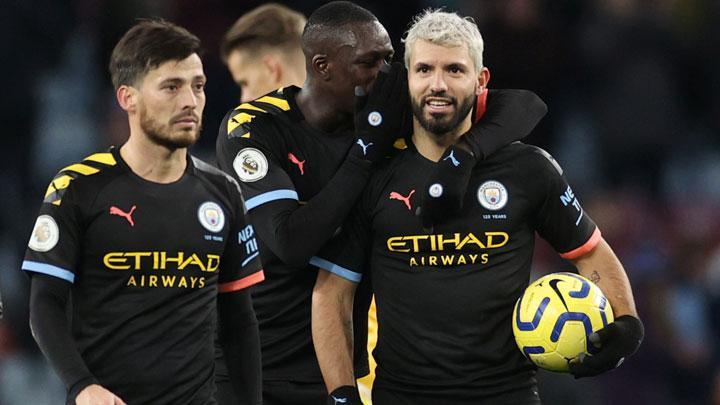 Aguero hits hat-trick as Man City thrash Aston Villa