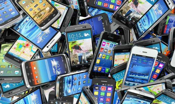 Mobiles worth Rs 3.5 million confiscated