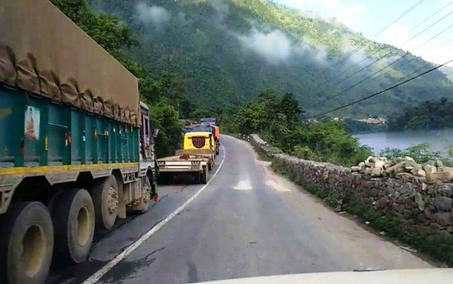 Vehicular movement resumes along Narayangadh-Muglin road